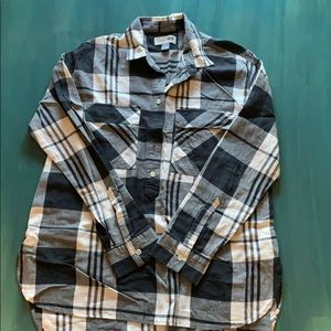 Old Navy 3/4 button down long sleeved shirt.